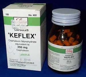 Kefleks. Indications: Infections of the mouth, nose, throat and respiratory tract, bone and skin, urogenital organs (including prostate), otitis media, sinusitis.