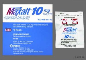 Maxalt is used to treat migraine headaches. Maxalt will only treat a headache that has already begun. It will not prevent headaches or reduce the number of attacks.